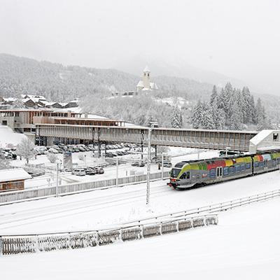 Ski train & ski bus Three Peaks