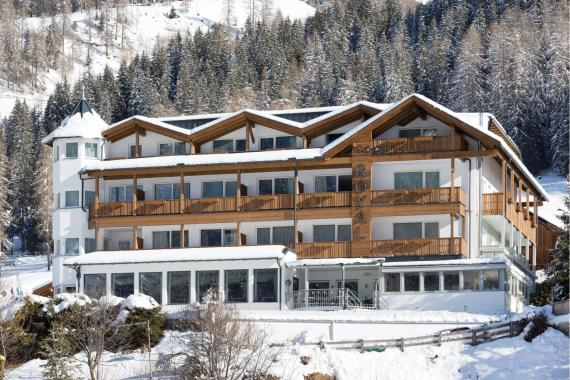 hotel-royal-sexten-winter-el-26-min
