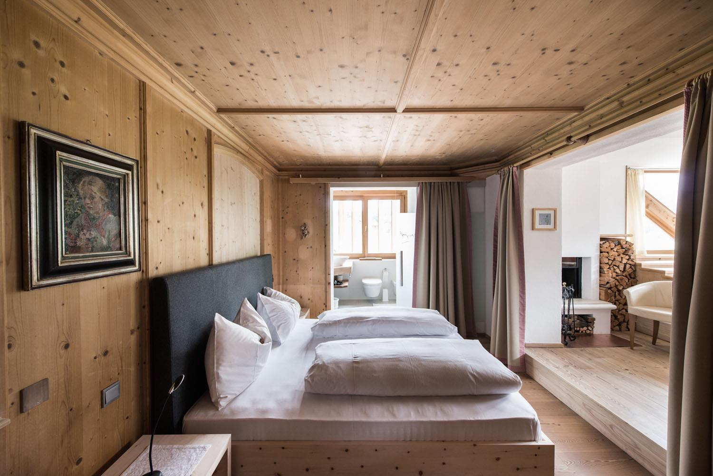 berghotel s sexten drei zinnen dolomiten. Black Bedroom Furniture Sets. Home Design Ideas
